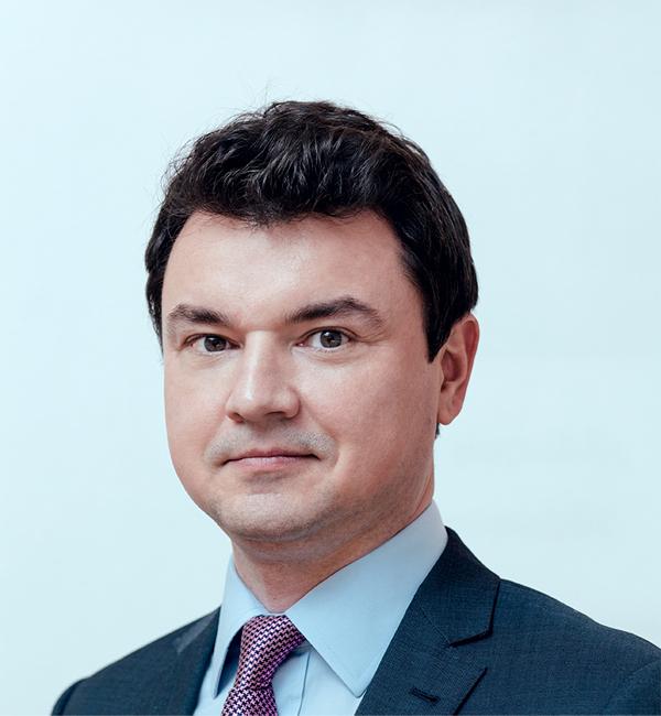 Шамиль Мидхатович ЕНИКЕЕВ